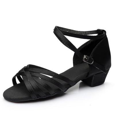 拉丁舞鞋兒童女孩交誼舞初學者少兒中跟軟底練功舞蹈鞋四季跳舞鞋