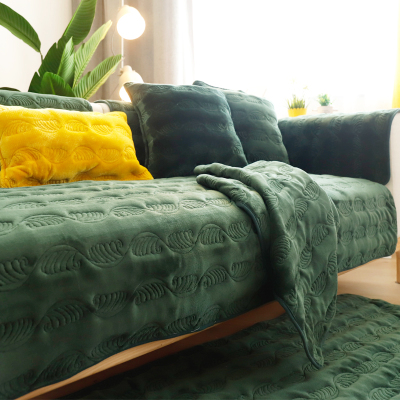 沙发套罩全包组合沙发沙发垫冬季毛绒加厚防滑法兰绒冬天客厅家用北欧纯色全包盖套罩巾 羽毛-墨绿 70*70