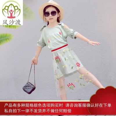网红亲子装潮一家三口母子装母女洋气夏装碎花连衣裙图片件数为展示