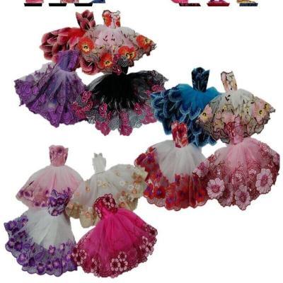 女孩玩具巴比禮服衣服洋娃娃換裝短裙休閑古裝時裝芭比公主服裝。 車載裙子 隨機3件
