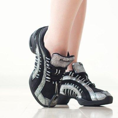 正品舞蹈鞋廣場舞鞋女軟底春夏網面現代舞爵士舞鞋