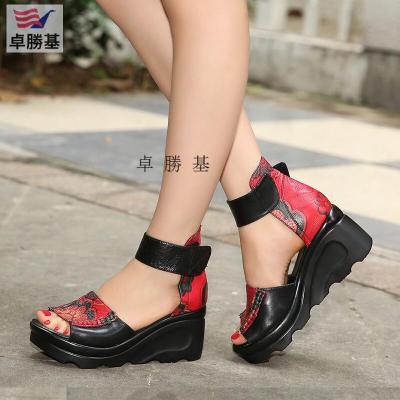 卓勝基品牌新款手工花朵女魚嘴涼鞋民族風坡跟高跟厚底女鞋紅色