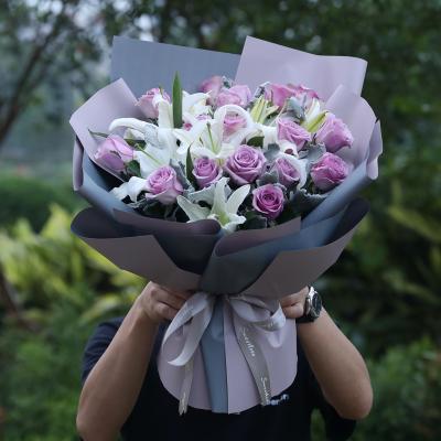 五二零 鲜花速递全国 19朵紫玫瑰2枝多头白香水百合混搭花束生日礼物 重庆镇江蚌埠衢州东莞成都同城花店送花