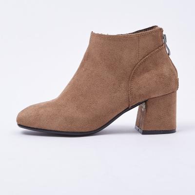 【2件2.5折價:47.3】美特斯·邦威高幫鞋女秋冬新款潮絨面中跟時尚短靴韓版