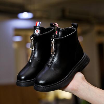 邁凱恩品牌女童馬丁靴2019年秋冬新款低筒短靴兒童鞋中大童英倫風皮靴棉靴子
