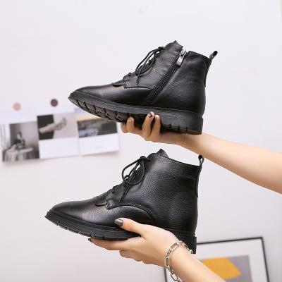 雅夢纖足 真皮馬丁靴女英倫風新款秋冬季百搭帥氣黑色厚底ann網紅機車短靴潮