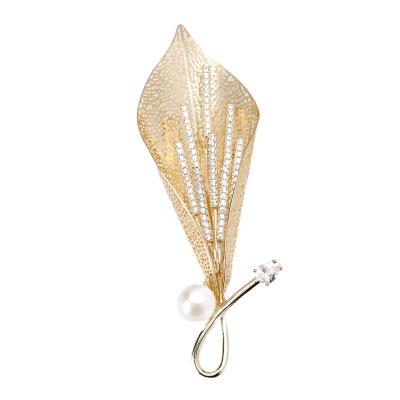 風下Hrfly 高端定制珍珠胸針 8-9mm天然強光珍珠 馬蹄蓮花縷空胸針 925銀鍍金 附高檔包裝