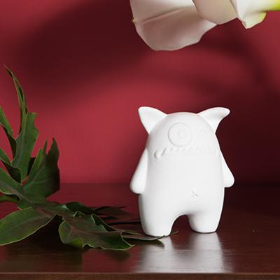 曲美家具家居 簡約陶瓷小人擺件 辦公室客廳藝術品裝飾品創意家居飾品
