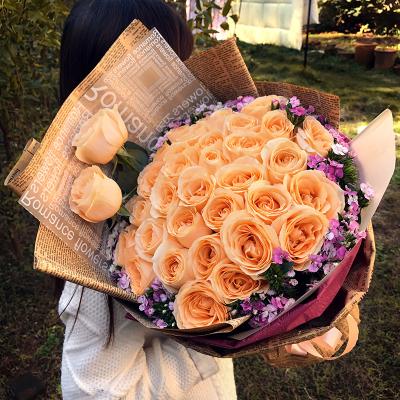 五二零 33朵香檳玫瑰花束生日禮物鮮花速遞全國送花 大連保定淄博揚州蕪湖溫州泉州廈門花店同城快遞