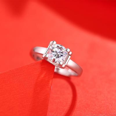 【錢掌柜】經典牛頭款戒指 進口D色一克拉莫桑石純銀戒指時尚飾品經典網紅潮人同款